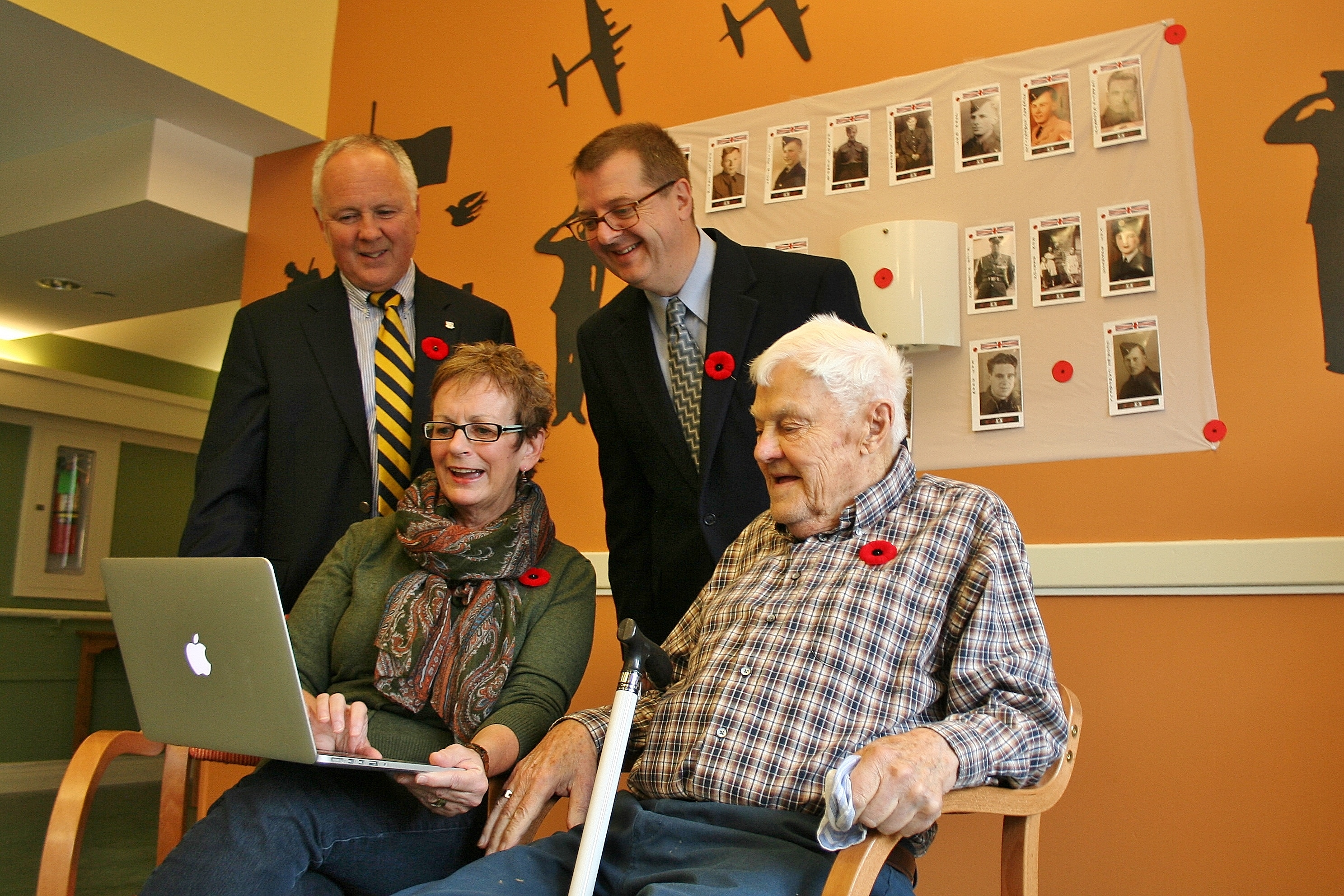 e-Novations Helps Local Veterans Get Connected